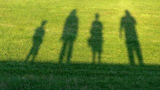 「みんなで子育て」親以外の人と、子どもの関係